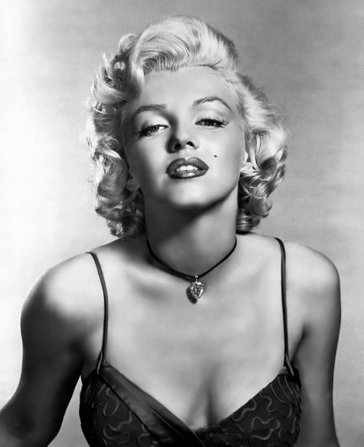 Marilyn Monroe is such an Iconic figure whose beauty transcends time
