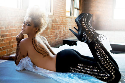 Beyonce Knowles Body on Honeybuzz  What Does Beyonce  Chanel  And Kat Von D Have In Common